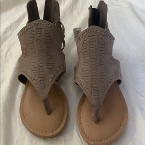 Shoes - Brand new Adorable sandels